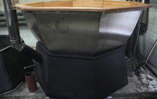 Банный чан на дровах с подставкой печью